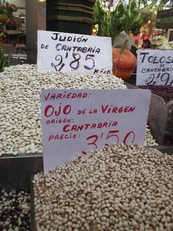Santander, إسبانيا: The eyes of the virgin beans!