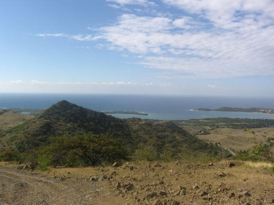 ‪‪Guantanamo Province‬, كوبا: view from a mountain top to carribean‬