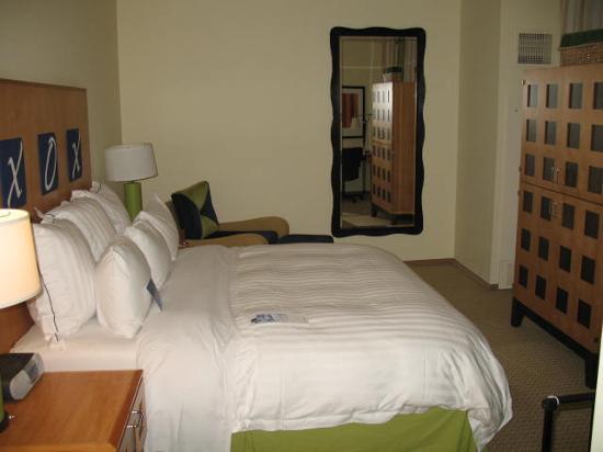 Renaissance ClubSport Walnut Creek Hotel: standard guest room