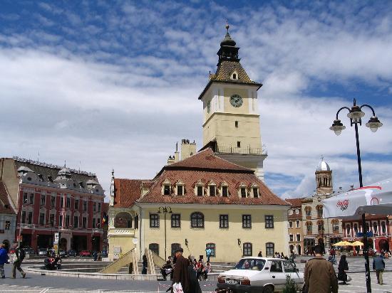 Brasov, Romania: Council Sq