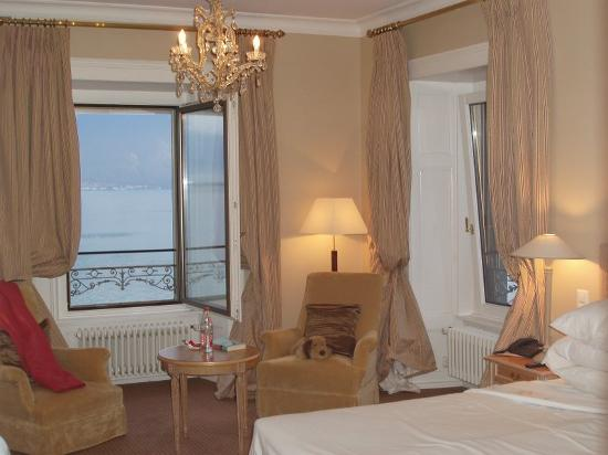 Vevey, Suisse : The view from the room