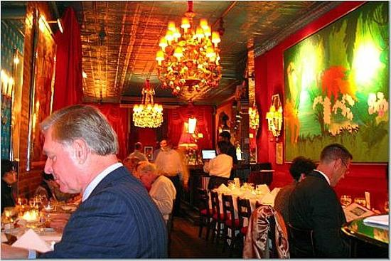 Chez Josephine: The upscale theater crowd enjoys good food and wines at moderate Theater Row prices