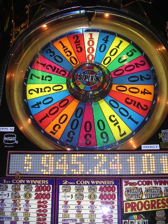 Club Cal Neva Hotel Casino: I actually got the 1000 on the wheel of fortune!  Never seen it done before or since!
