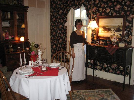 Sycamore  Farm Bed  & Breakfast: Marilyn, The Inn Keeper