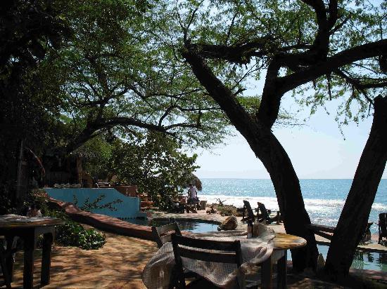Jakes Hotel, Villas & Spa: The poolside
