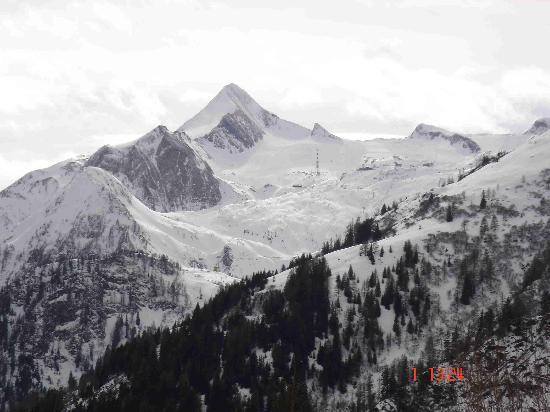 Alpen Wellness Hotel Barbarahof: Kitzsteinhorn