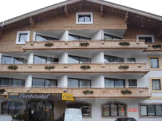 Alpen Wellness Hotel Barbarahof: Hotel Front