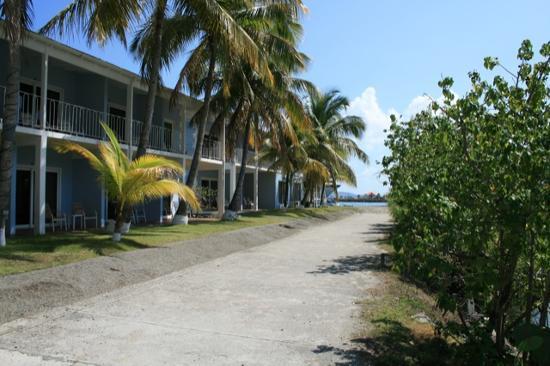 Moorings Mariner Inn Hotel: Front