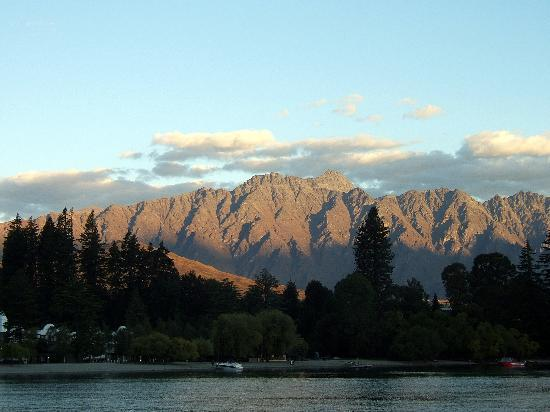 Copthorne Hotel and Resort Queenstown Lakefront Image