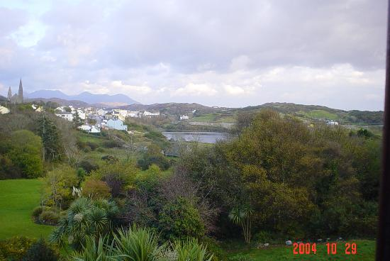 clifden from Abbeyglen