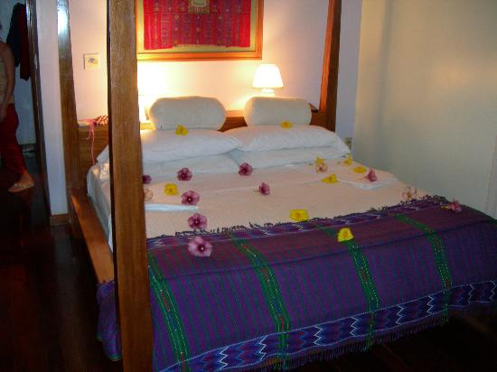Hamanasi Adventure and Dive Resort: our nightly floral turndown