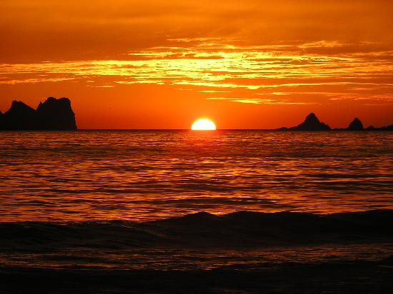 Holiday Inn Resort Ixtapa : Great Sunsets Nightly