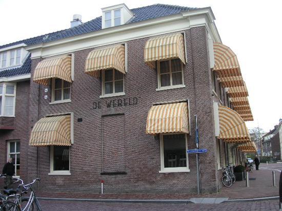 Hotel de Wereld: Front view