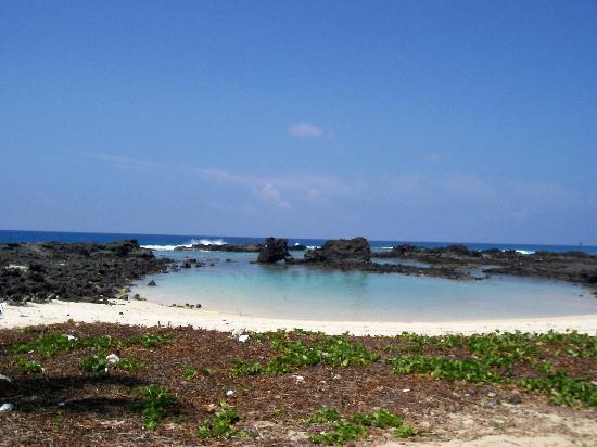 Kailua-Kona, HI: Kikaua Beach
