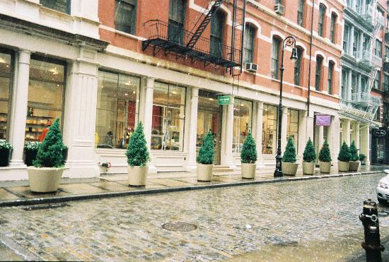 Photo of Women's Store Kate Spade at 454 Broome St, New York, NY 10012, United States