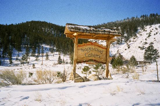 Sagewood Cabins sign