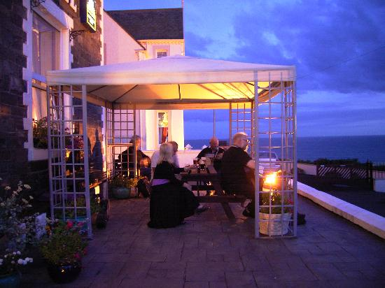 Mount Stewart Hotel: Sunset on the Terrace!