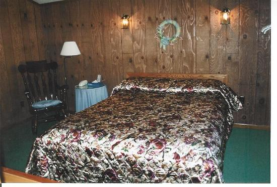 Traveler's Inn: Cabin Fever room #1