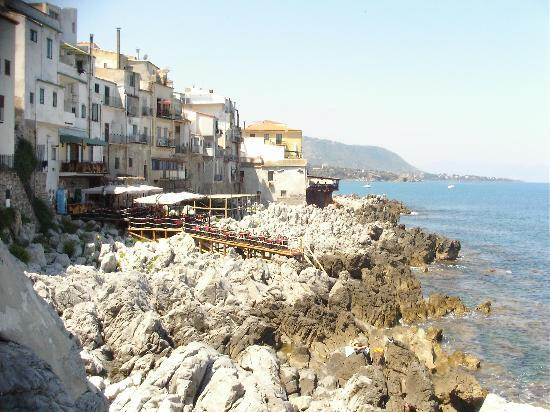 Cafe Restaurants in Cefalu