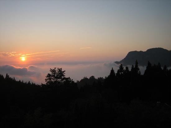 Ali Mountain (Alishan) : Sunset view from Alishan gou hotel