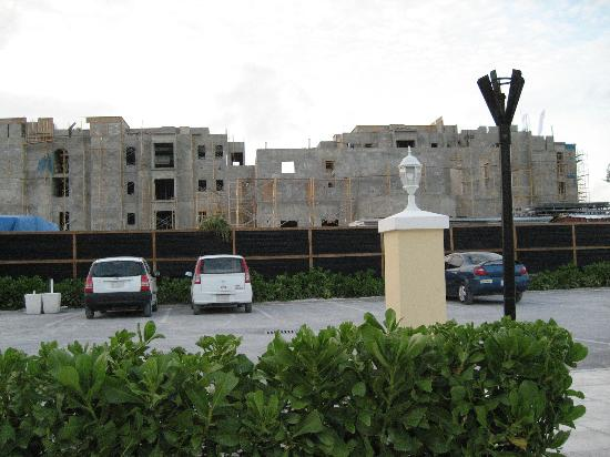 Reef Residences on Grace Bay: Windsong contruction, really never an issue
