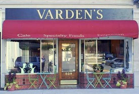 ปารีส, เคนตั๊กกี้: Vardens - Cafe, Specialty Foods, & Emporium