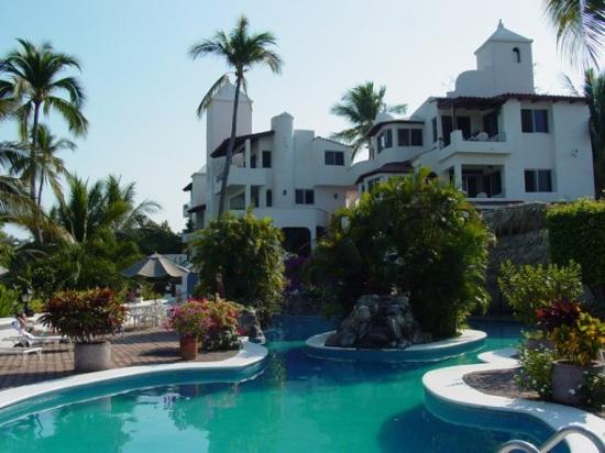 foto de hotel villas los angeles manzanillo entrance to. Black Bedroom Furniture Sets. Home Design Ideas