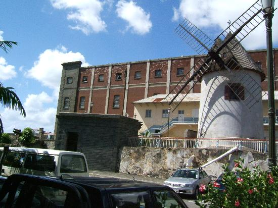 Le Caudan Waterfront: Historical Windmill
