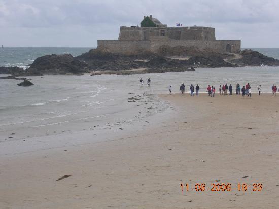 Saint-Malo, Frankrike: prima della marea