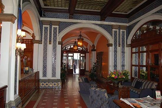BEST WESTERN Majestic: View inside lobby
