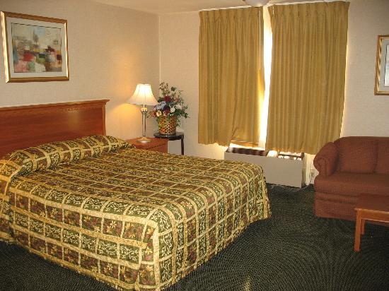 Best Western Country Inn Image