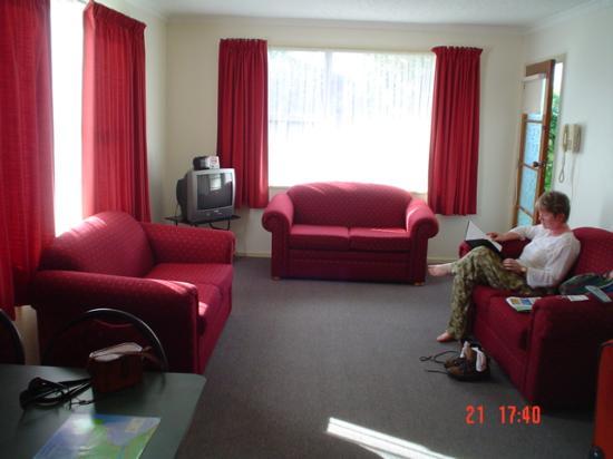 Willowbank Motel: Unit 8