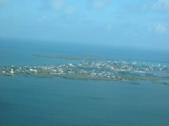 Colibri Beach Villa: Placencia by air