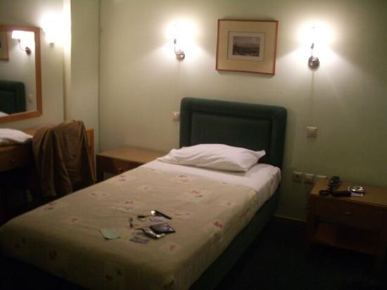 Hotel Pantheon: bedroom