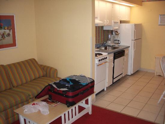 Casa Del Mar, Ascend Resort Collection: Living Room & Kitchen