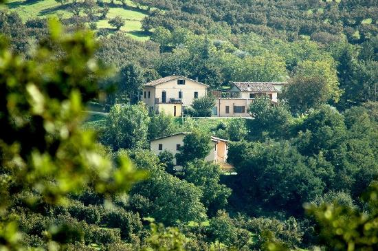 Urbino, Italy: Houses in the countryside