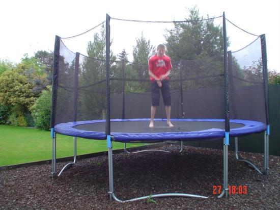 Ashburton, New Zealand: Taylor's Lodge Motel trampoline