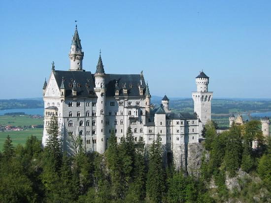 Oberstaufen, Germany: Neuscwanstein