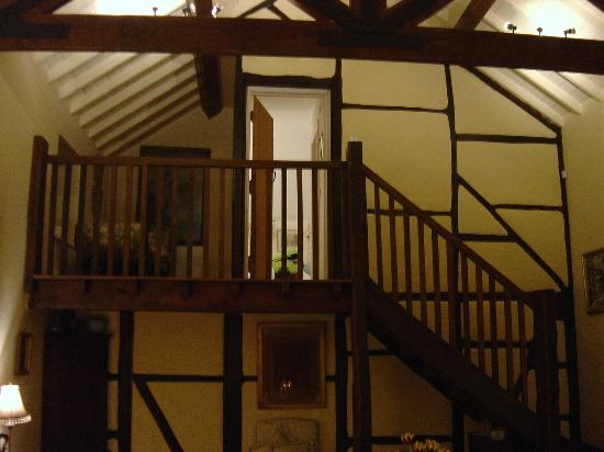 Orchard Barn: Stairs to our room