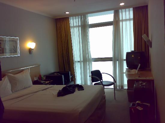 Bayview Hotel Singapore: room