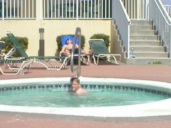 Flamingo Motel Hot Tub At The