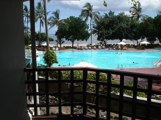 Prama Sanur Beach Bali: Blick vom Zimmer zum Pool