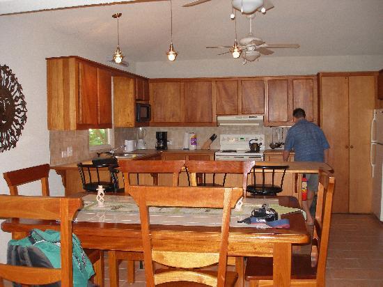 Xanadu Island Resort: Kitchen
