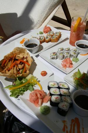 Casa Velas: Sushi & Drinks on the Beach
