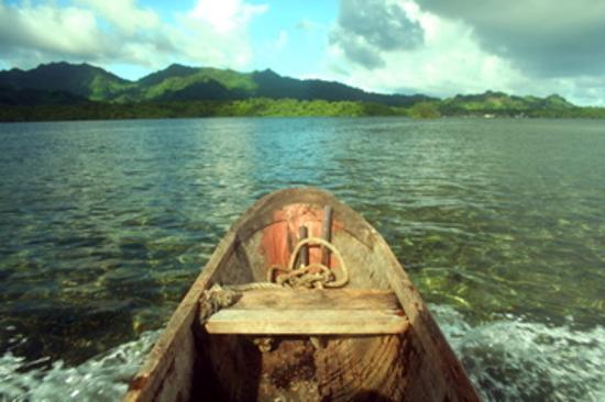 Kosrae Nautilus Resort : Ourrigger canoe trip