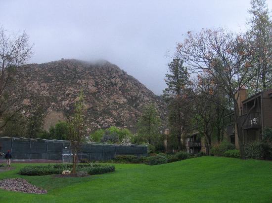 San Diego Country Estates: tennis courts/mountain