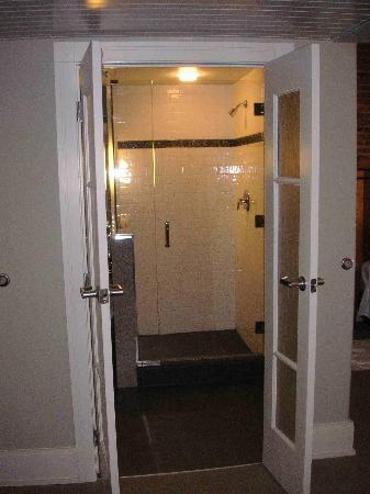Lancaster Arts Hotel : Bathroom