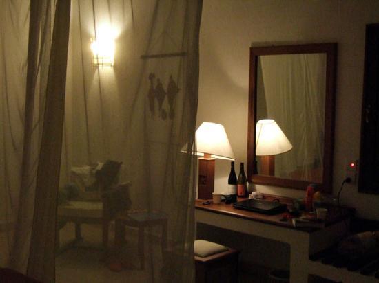 Pinewood Beach Resort & Spa: room (standard)
