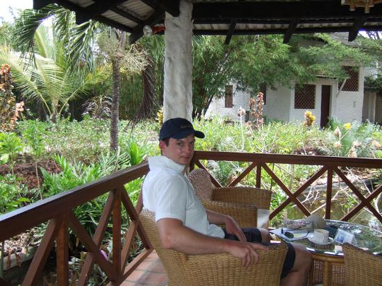 Pinewood Beach Resort & Spa: coffee bar