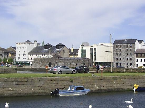 The Ardilaun Hotel: Claddagh Quay
